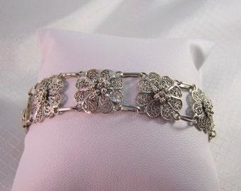 """Sterling Filligree Florettes Bracelet. 6-7/8"""" Bracelet"""