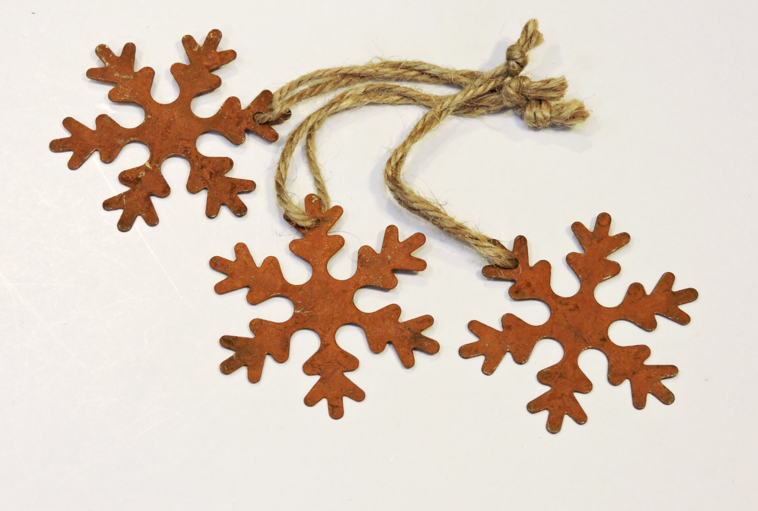 Christmas snowflake ornaments - Primitive Rustic Snowflakes Rusty Look Metal Christmas Ornaments Prim Miniature Tin Embellishments Craft