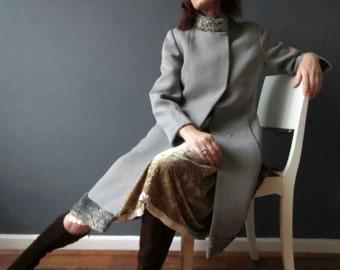 60s Light Heather Grey Worsted Wool Salt Pepper Genuine Swakara Astrakhan Persian Lamb  Fur Collar Russian Princess Small