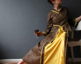 Vintage 70s Medieval Juliet Dress Paisley Cotton Chinz Bronze Gold Small Costume