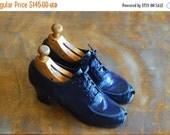 SALE / vintage 1940s shoes / 40s blue leather peep toe oxfords / size 6.5