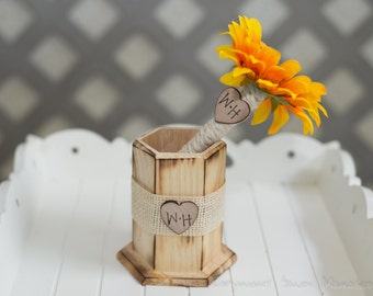 Guest book pen with vase select flower showing sunflower peony pen with bride and groom initials