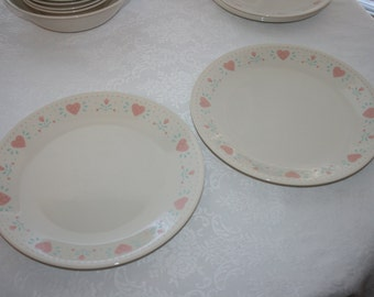 Vintage Corelle Corning Forever Yours Pattern Set of Two 2 Dinner Plates Heart Pink Green Ivory Cream Beige
