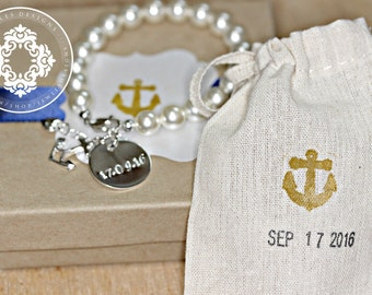 Anchor Charm bracelet, Pearl Bracelet,  Nautical, Nautical bracelet, Anchor charm, Beach wedding, Bridesmaid gifts, womens accessories,