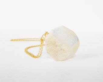 White Druzy Pendant Necklace, White Agate Druzy Necklace, Gold Necklace, Boho Gemstone Necklace, Crystal Necklace, Gift for her
