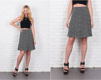 Tulip Mini Skirt White Tulip Floral Print Small S 7946 vintage skirt 80s skirt black skirt mini skirt white skirt tulip