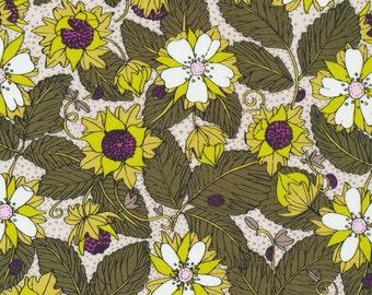 Cloud9 Organic Fabrics - Garden Secrets - Wild Strawberry | Green   1/2 YD