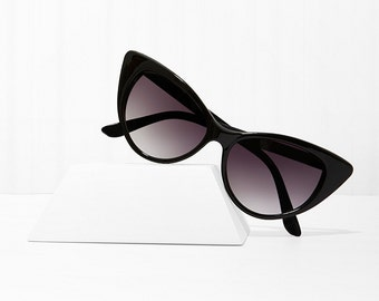 Mood Swing Cat Eye Sunglasses - Black X American Deadstock Eyewear