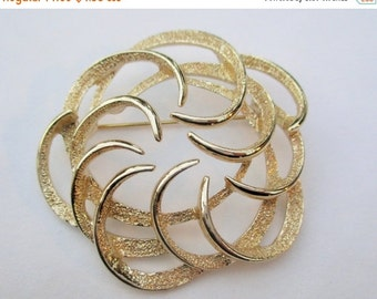 SUMMER SALE 20% Off CLEARANCE Sale 50 Percent Off, Vintage Sarah Coventry Brooch~Textured Goldtone, 1970s Costume Jewelry