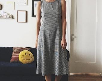PICNIC DRESS / SZ Small