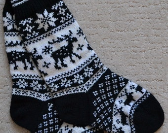 Norwegian Scandinavian Hand Crafted 100% wool SOCKS, size M , folk art, REINDEER, Fair Isle