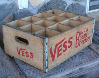 1971 Antique Vess Large soda crate - 6.5 inch deep compartments!  Unique!