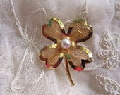Vintage 1960's Gold Tone Mesh Faux Pearl Four Leaf Clover Pin Brooch St. Patty's Day Irish St. Patricks Vintage Costume Jewelry Figural