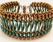 X's & O's Bracelet Tutorial