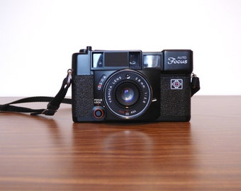 Yashica Auto Focus Camera Vintage Manual Wind 35MM Film