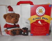 BUILD-A-BEAR 3D Cake Pan for William Sonoma by Nordic Ware 2008 -Used in Box