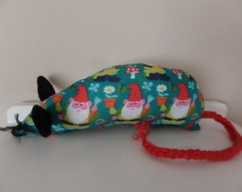 Hand Made Catnip Mouse - Garden gnome - Cat Toy