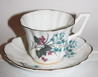 Bone China Teacup and Saucer, English Castle, White With Blue and Red Flowers, Gold Rimmed
