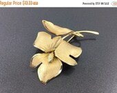 SALE Signed Gold Filled Brooch 1940s Ecco Vintage Flower Brooch, Lily Brooch  Stamped GF Brooch. Vermeil Flower Brooch.