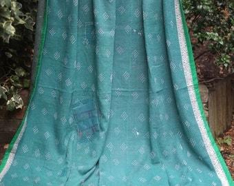 Green kantha Kantha ,Sari throw, Sari Blanket, Kantha Blanket,  Kantha Throw, Indian Quilt, Coverlet, Ralli Quilt,Kantha