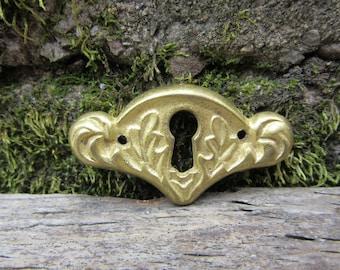 Antique Escutcheon Brass Metal Aged Patina Ornate Architectual Key Hole Plate Vintage vtg Pendant Charm Art Jewelry Crafts Embellishments