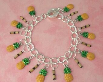 Pineapple & Bamboo Tiki Charm Bracelet - Vintage Inspired - Rockabilly Pinup Jewellery - Retro 50s Kitsch Bracelet - Fruit Jewellery