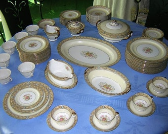 "Antique Noritake China  ""Claire 657"" Pattern c1933 72Piece Set Excellent Condition"
