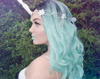 White unicorn crown