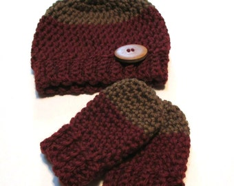 Fall newborn wool baby hat and thumbless mittens set.  Ready to ship merino wool mittens and hat set for fall or winter baby shower gift.