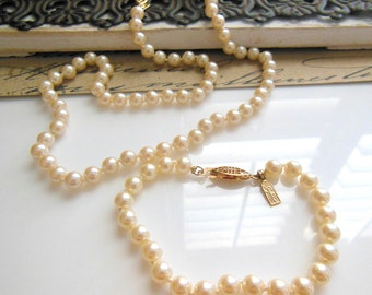 Vintage Signed Sujen Traditional Knotted Glass Pearl Necklace Bracelet Set AA44