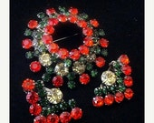 Juliana Brooch Earring Demi Set D&E Confirmed Red Green Yellow Rhinestones Layered Silver Metal Vintage