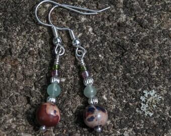 3695e Violet Serpentine Jasper and Aventurine Dangly Pierced Earrings
