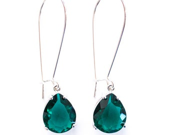 Emerald green teardrop earrings