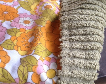 Fall Sale - Vintage 1970's Baby Blanket - Chenille and Cotton with Flowers