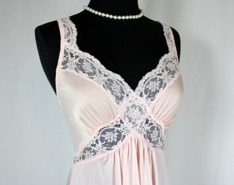 Vintage OLGA Nightgown Pink and Lace Style 91277 Medium