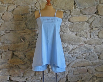 Blue sleep set shorts and long camisole top with embroidered flowers, bird and monogram F