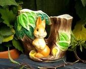 Vintage Hornsea Fauna Double Posy Vase, Rabbit.  Made in England