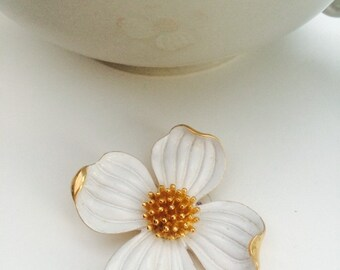 gorgeousTRIFFARI brooch and earring set 1950