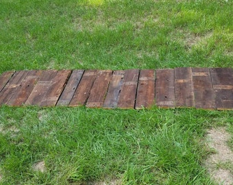 Craft Pack of Brown Reclaimed Barnwood Deck Boards 30 inches long Handy Pack Barn Wood