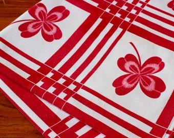 Vintage Linen Tablecloth Startex Red Pink White Four Leaf Clover Shamrock Plaid