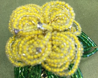 Hobe Spring Yellow Brooch Lovely