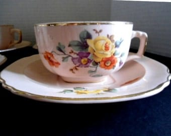 Limoges Shell Pink Ware Lunch Set Rare and Desirable 4 Cups 4 Saucers 4 Soup/ Salad Bowls 1 Small Platter Made in Sebring Ohio Collectible