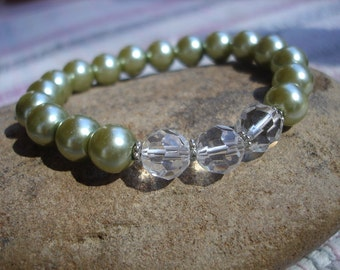 Womens Faceted Glass and Green Glass Pearl Stretch Bracelet, Wedding Bracelet, Summer Fashion