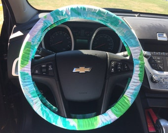 Steering Wheel Cover made with Lilly Pulitzer's blue First Impression print fabric