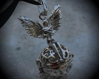 Round Angel Filigree Design Prayer Box Locket in Silver Plated Three Dimensional Pendant Charm C13