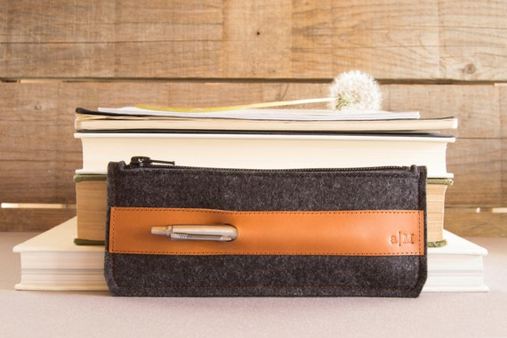 Felt and leather PENCIL CASE, sunglasses case, pen holder, charcoal and tan, wool felt, handmade, made in Italy