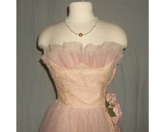 Vintage 1950 Dress, Homecoming, Prom Formal Full Length Party Bridesmaid Pink Tulle and Lace