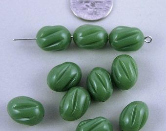 Vintage olive lined egg-shaped oval plastic bead - 28 pcs. 10mm x 14mm