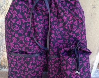Shoe Pants Travel Bag, Separated Shoe Bag, Shoe Organization, Travel Shoe Bag,  Shoe Protection, Scribbles on Black Shoe Pants with Pockets