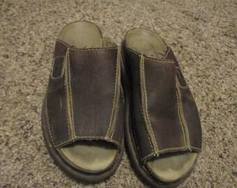Dr. Marten Doc Martens brown LEATHER Slide Sandal England Peep Toe SHOE SZ 9